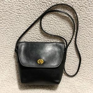 Coach Vintage Quincy Leather Crossbody Bag.